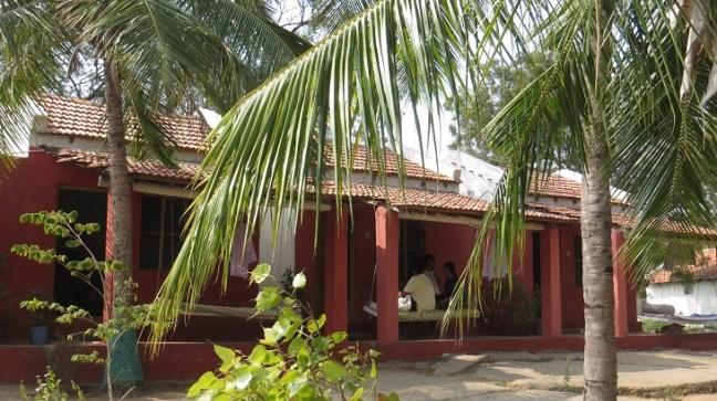 Hampi Temples, Ruins, Hippie Fun, Places to visit in Hampi, Gowri resort Hampi, Sanapur Lake