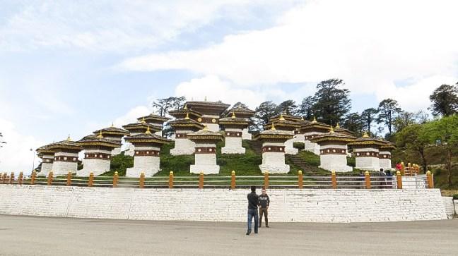 Dochula Pass, Thimphu, Bhutan, 108 stupas, Dochula Pass Chorten, Druk Wangyal Khang Zhang Chortens, Druk Wangyal Lhakhang, Thimphu to Punakha, Places to visit in Bhutan, Things to do in Bhutan
