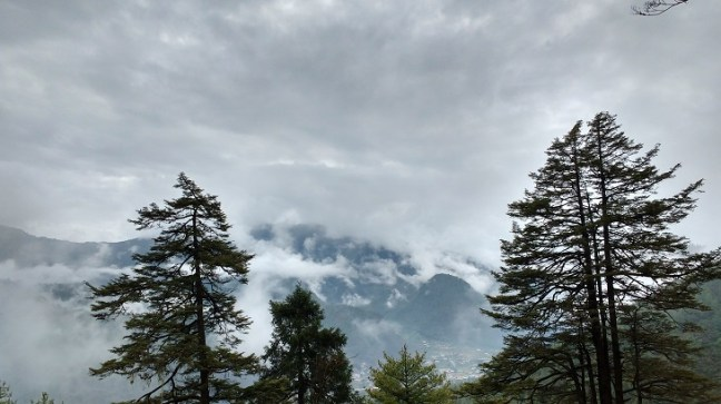 Mountains and clouds at Cheli La Pass, Chele La Pass, Bhutan Tourism, Places to visit in Bhutan, Beautiful Bhutan, Haa to Paro, Haa valley, Highest pass in Bhutan