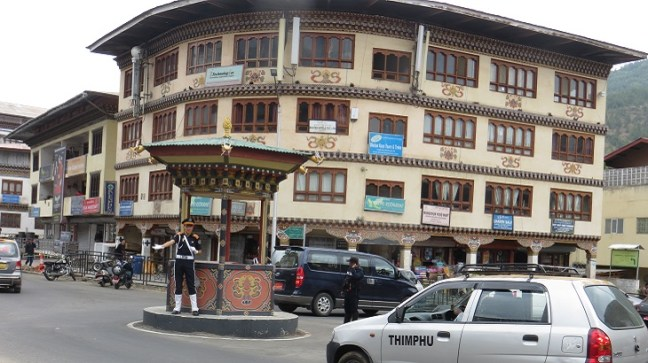 Traffic signal at Thimphu, Bhutan backpacking, Budget travel to bhutan, places to visit in Thimphu, Bhutan Tourism