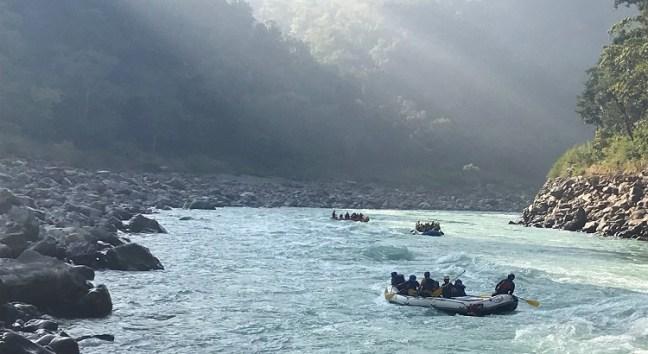 Adventurous Ganges White Water Rafting and Kayaking in Rishikesh, Uttarakhand