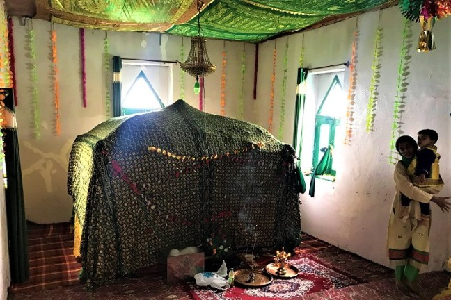 Peer Baba Dargah at Rajdhan Pass -Srinagar to Gurez Valley Bike Trip on Royal Enfield – A memorable experience to explore offbeat hidden places in Kashmir valley – Visit Dawar, Tulail, Rajdhan Pass and read our blog for bike trip tips in Kashmir valley, Permit requirements for Gurez, best time to visit Gurez and of course where to stay in Gurez