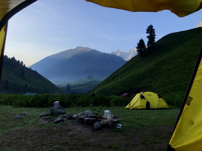 Shitkadi Base Camp Sonamarg - Kashmir Great Lakes Trek, considered to be one of the most beautiful Treks in India - A trek with Indiahikes