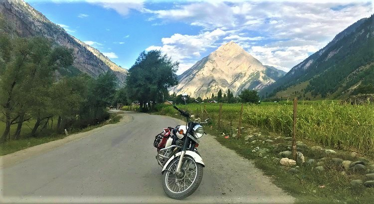 Tulail Valley -Srinagar to Gurez Valley Bike Trip on Royal Enfiled – A memorable experience to explore offbeat hidden places in Kashmir valley – Visit Dawar, Tulail, Rajdhan Pass and read our blog for bike trip tips in Kashmir valley, Permit requirements for Gurez, best time to visit Gurez and of course where to stay in Gurez