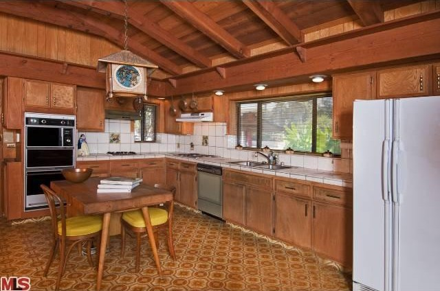 But the kitchen is my favorite. I have a design boner for time capsule kitchens.