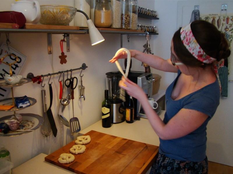 how to make soft pretzels 3