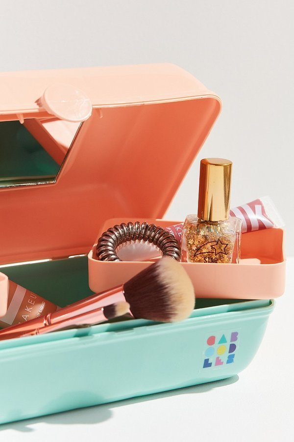 You can totally own a retro '90s Caboodles makeup case again
