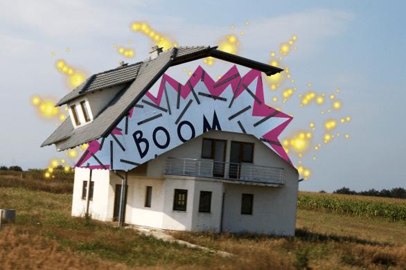 "Bildnachweis: ""Little house on the prairie"" by Quinn Dombrowski CC-BY 2.0 sowie ""BOOM"" by Richard Eriksson CC-BY-SA 2.0, bearbeitet von Simon Mallow."