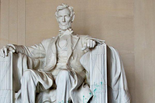 GOP Missouri Representative Suggests Lincoln Memorial Should Come Down