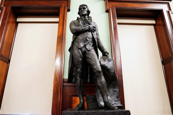 New York City Removing Thomas Jefferson Statue From City Hall Council Chamber