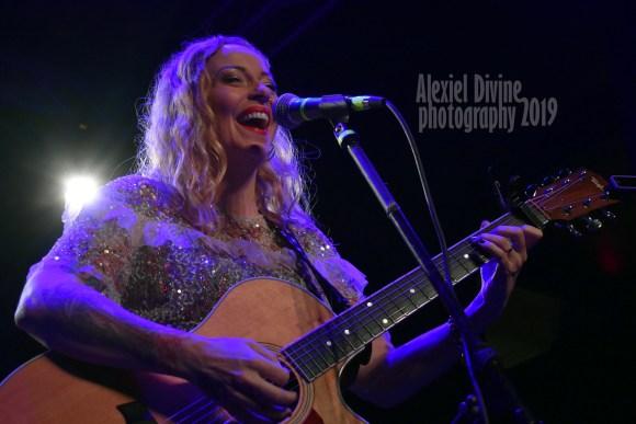 Anneke van Giersbergen Live in Joliet