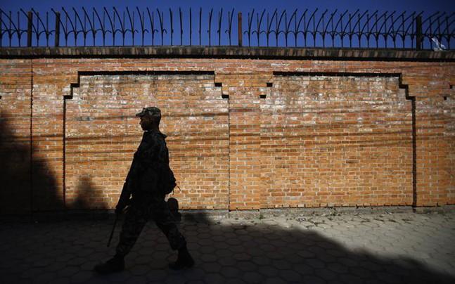 nepal-polls-close-border-india-china-647_112417053706.jpg