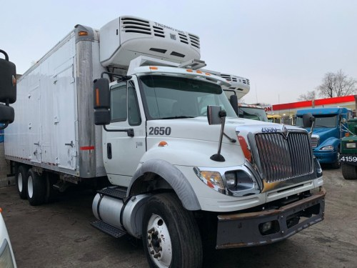 small resolution of 2006 international 7600 reefer box truck