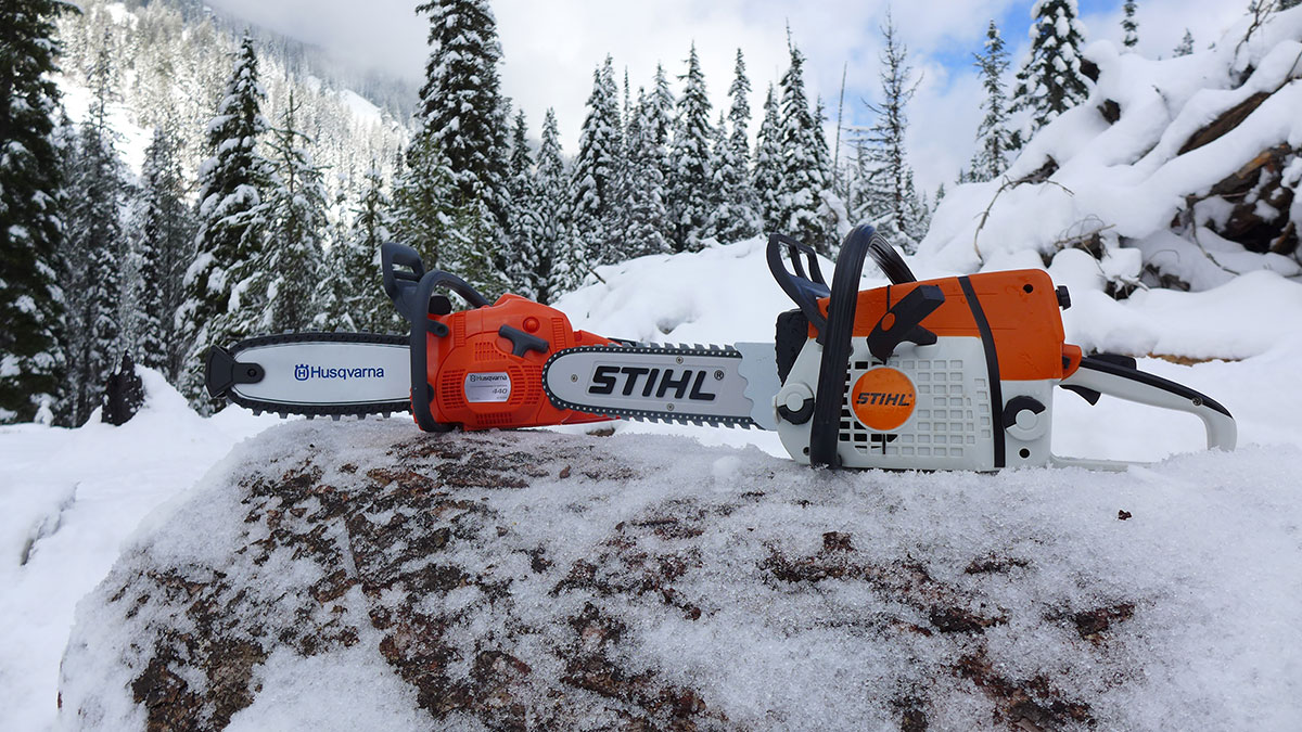 Which chainsaw is better Stihl or husqvarna