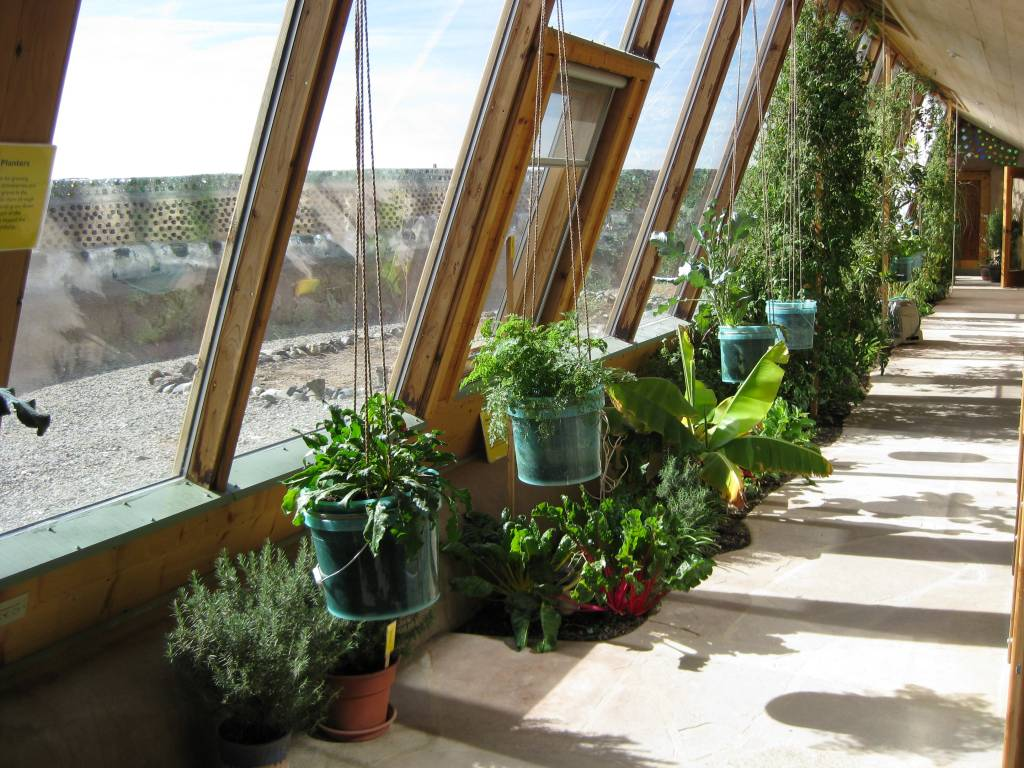 7 Reasons Why Earthships Are Awesome