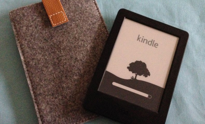 Inateck Kindle paperwhite用ケース 保護袋 封筒型ポケットスリーブ マイクロファイバーケース