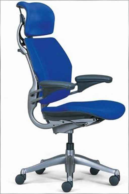 aeron chair herman miller manual replacement wood legs office with headrest