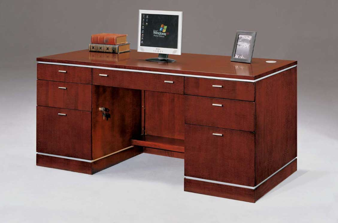 Executive Desk Furniture for Professional