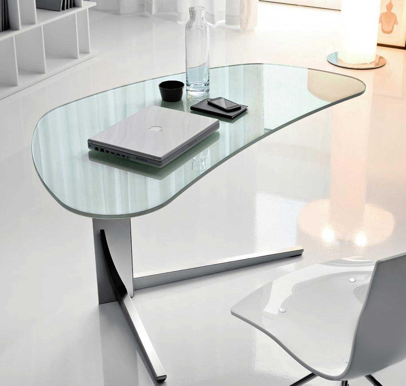 Modern Glass Desks for Flexible Work