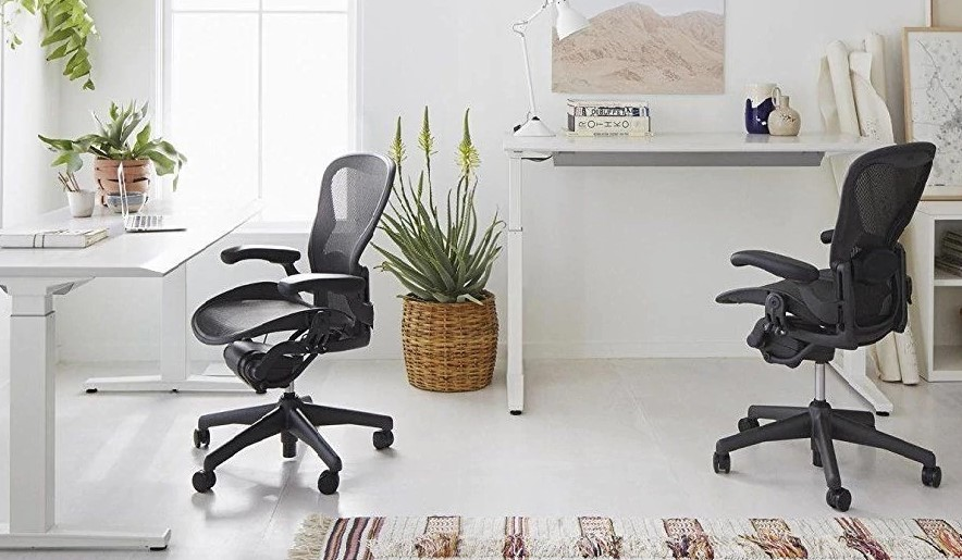 desk chair herman miller resin stacking chairs aeron features choices options and add ons a