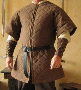 matelassé-veste-médiévale