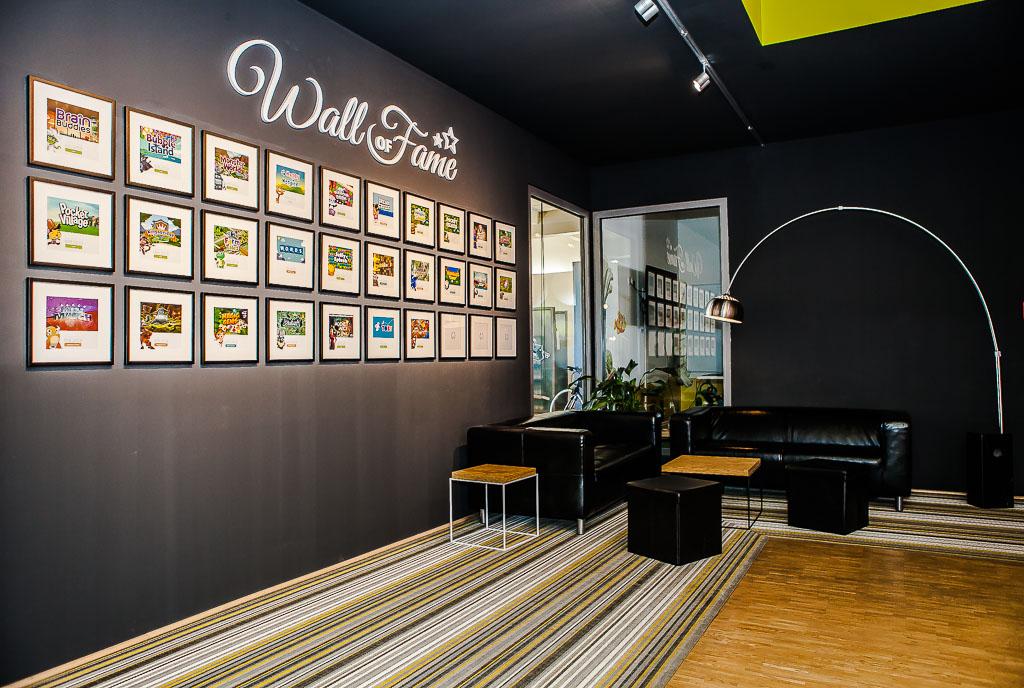 officedropin wooga Andreas Lukoschek andreasl.de 2 1024x688 A Tour of Woogas Berlin Office