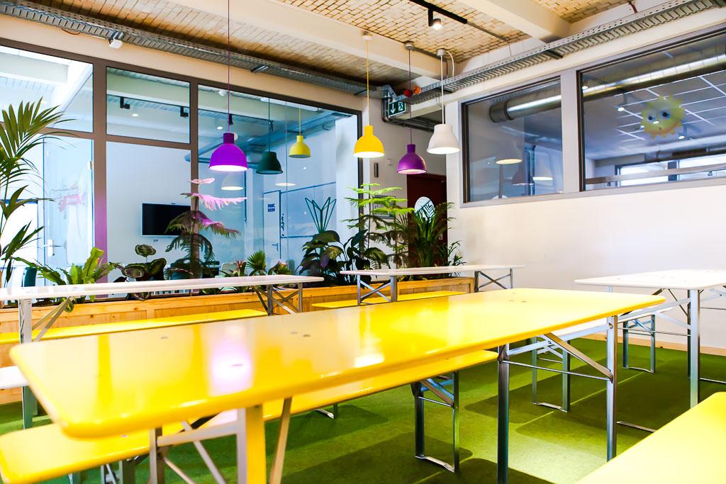 officedropin wooga Andreas Lukoschek andreasl.de 4 1024x683 A Tour of Woogas Berlin Office