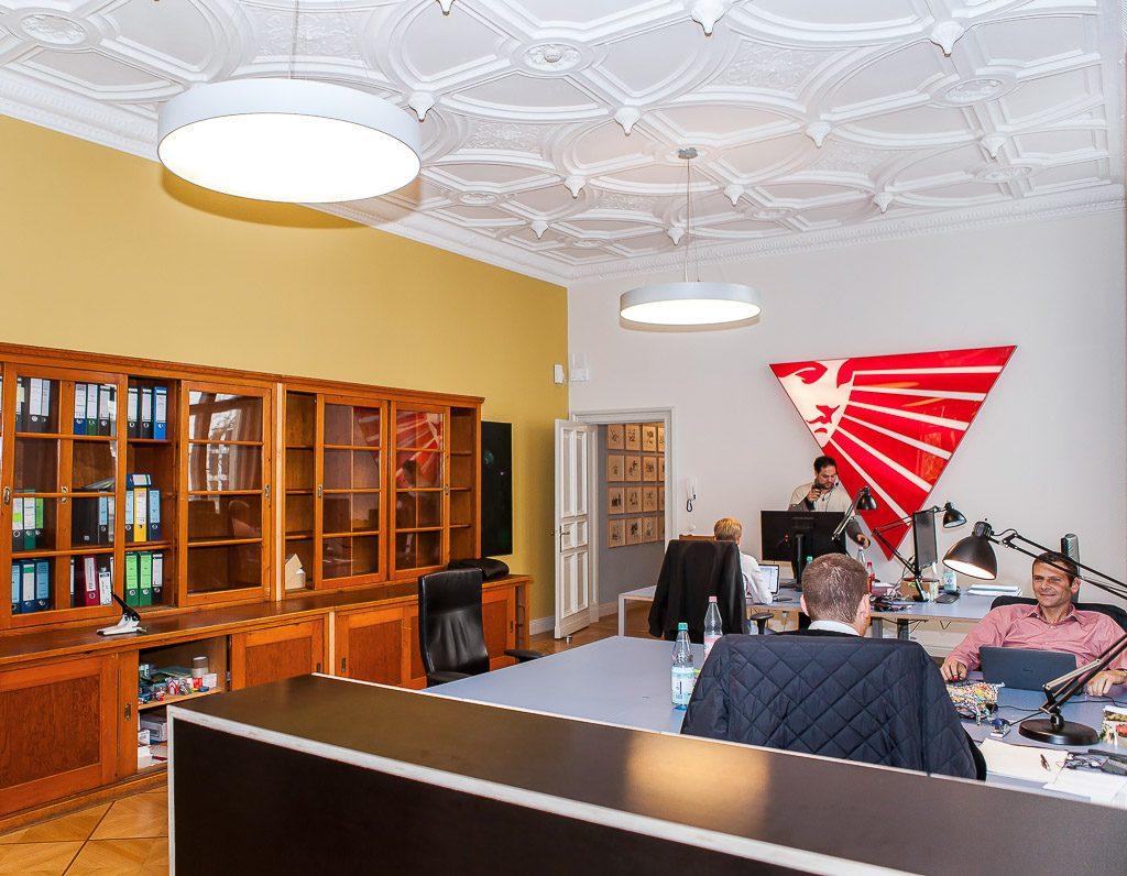 Officedropin com b to v Andreas Lukoschek andreasL.de 6 1024x796 A Tour of B TO Vs Berlin Office