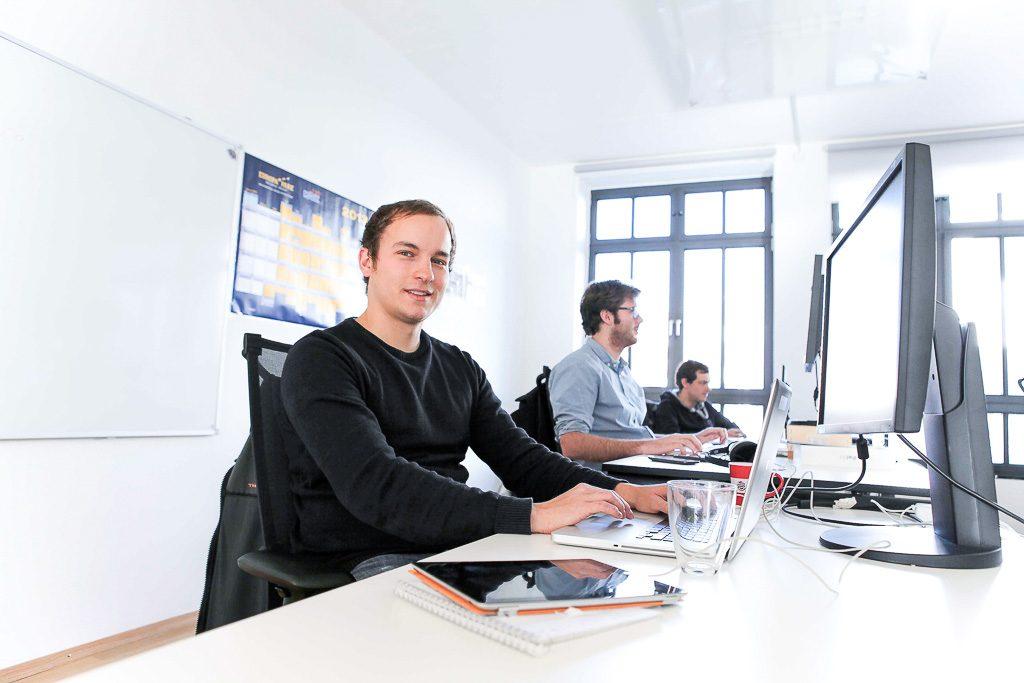 officedropin holidayinsider Andreas Lukoschek andreasL.de 1 1024x683 A Tour of Holiday Insiders Munich Office
