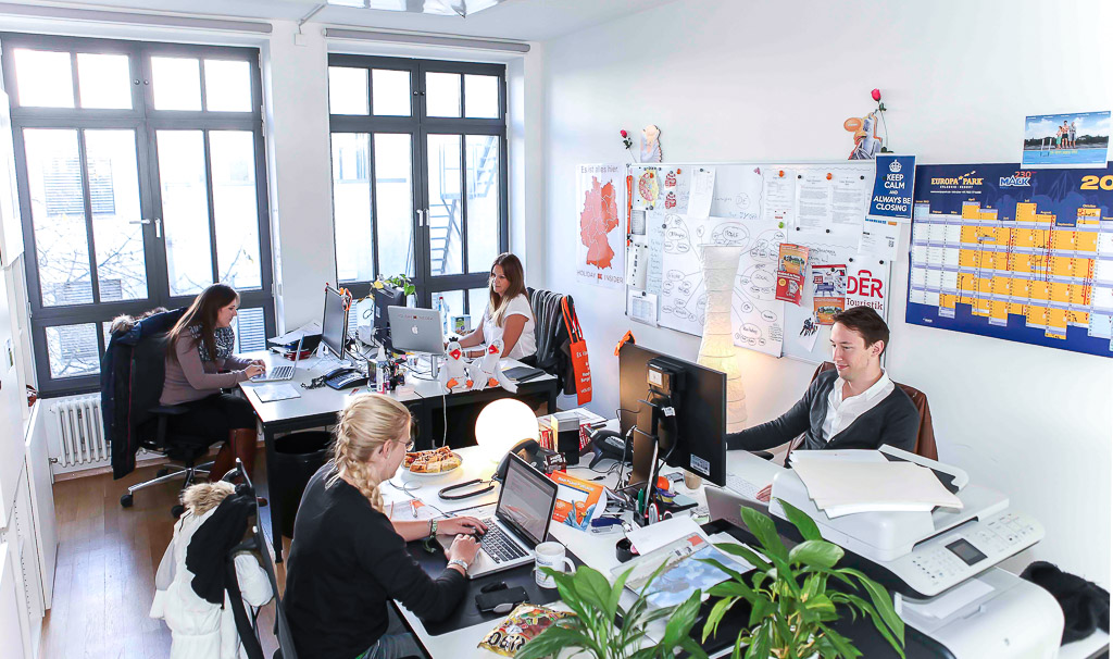 officedropin holidayinsider Andreas Lukoschek andreasL.de 12 1024x606 A Tour of Holiday Insiders Munich Office