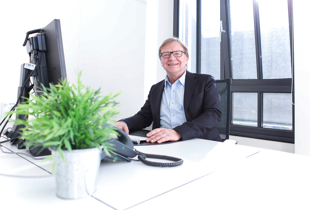 officedropin holidayinsider Andreas Lukoschek andreasL.de 7 1024x696 A Tour of Holiday Insiders Munich Office