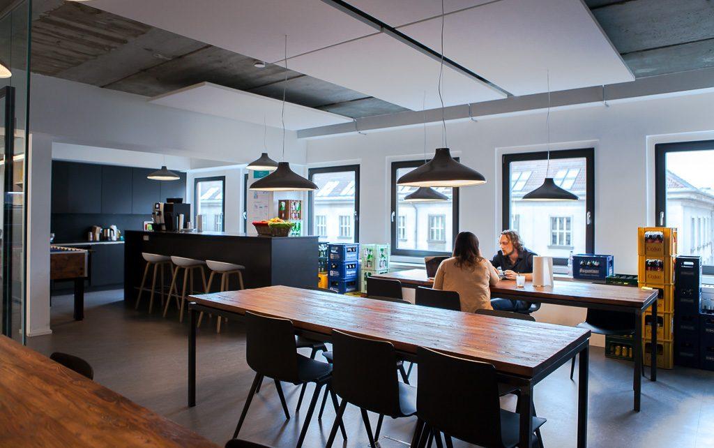 officedropin number 26 Andreas Lukoschek andreasL.de deutsche startups.de 10 1024x642 Have a Look at N26s Berlin Office