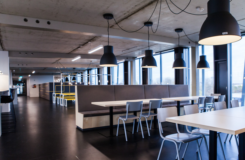 Zalando officedropin.comRAW 24 1024x671 A TOUR OF ZALANDO LOUNGES OFFICE IN BERLIN