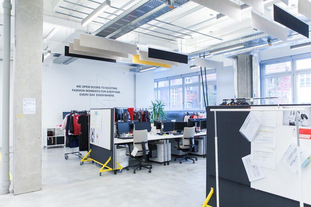 Zalando officedropin.comRAW 7 1024x683 A TOUR OF ZALANDO LOUNGES OFFICE IN BERLIN