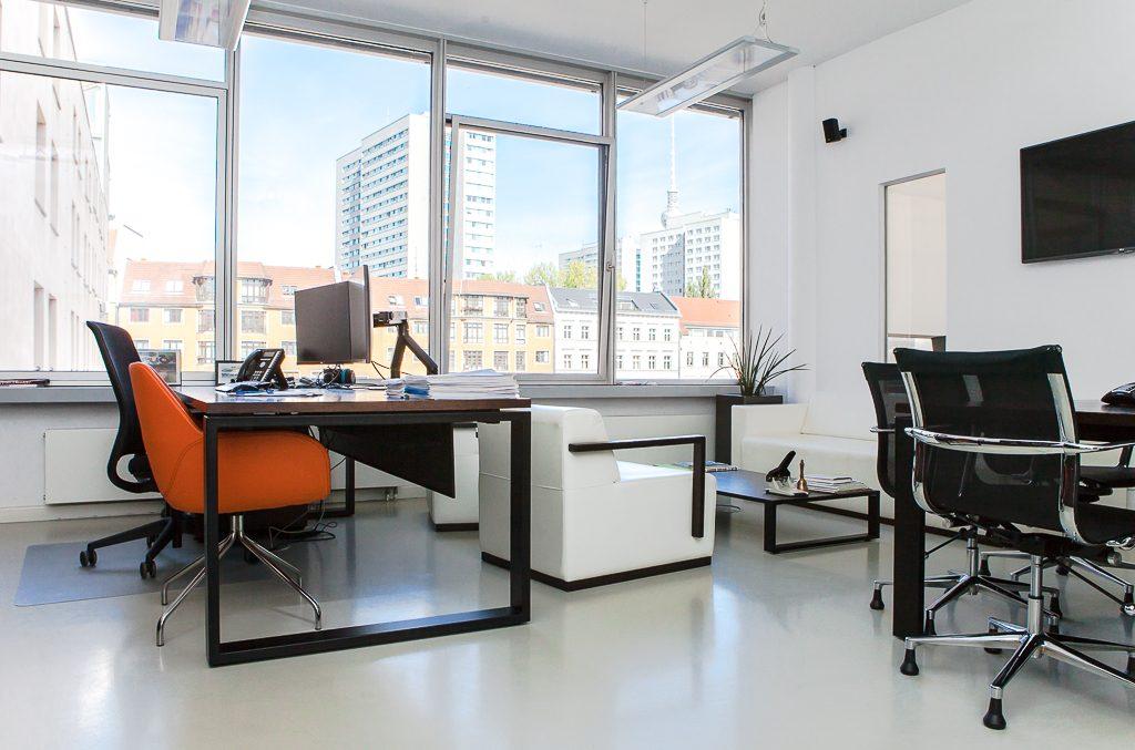 chal tec officedropin.com 17 1024x677 A Tour of Chal Tecs HQ in Berlin