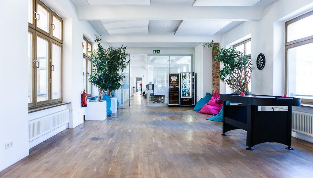 chal tec officedropin.com 20 1024x583 A Tour of Chal Tecs HQ in Berlin