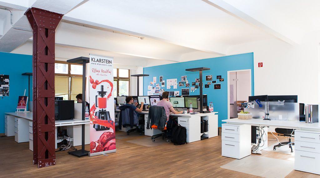 chal tec officedropin.com 25 1024x570 A Tour of Chal Tecs HQ in Berlin