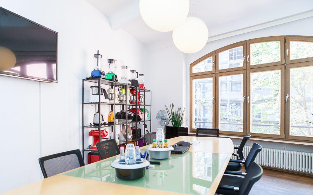 chal tec officedropin.com 7 1024x639 A Tour of Chal Tecs HQ in Berlin