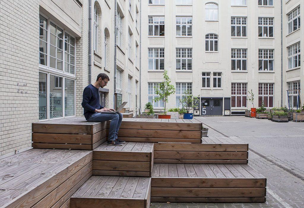 IDEALO officedropin 7317 1024x701 A PEEK INSIDE IDEALOS HQ BERLIN OFFICE