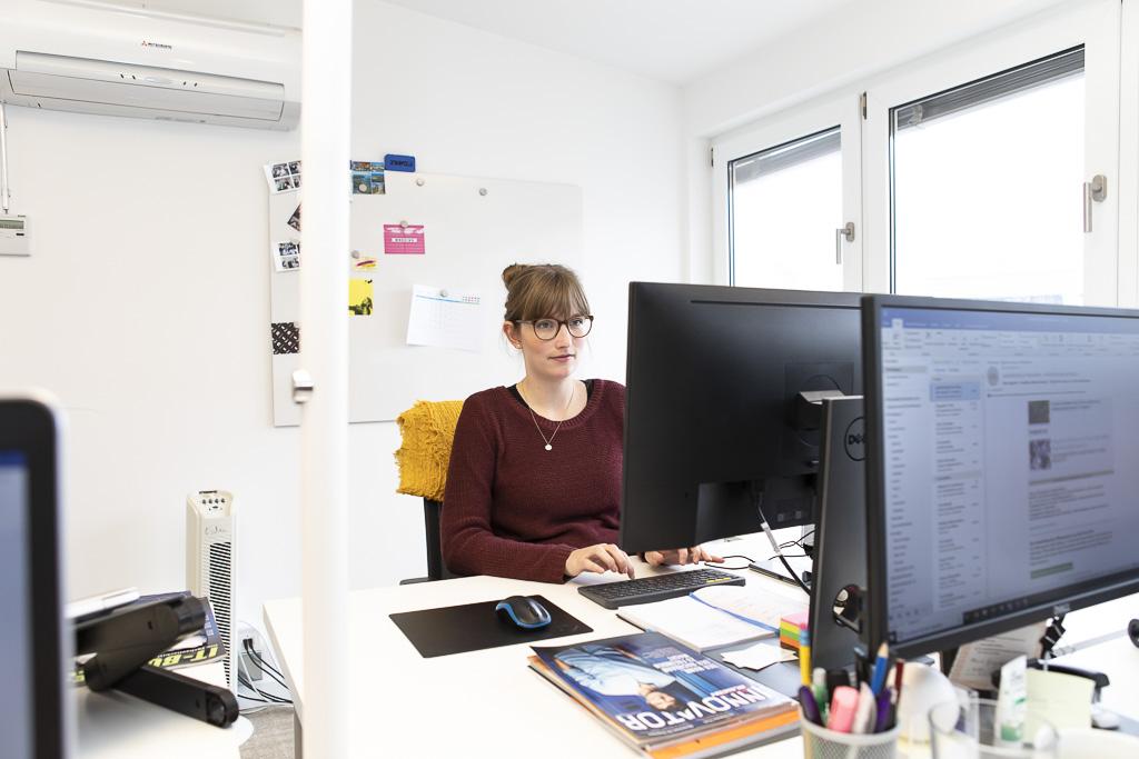 schoesslers officedropin 0940 A TOUR OF SCHOESSLERS OFFICE IN BERLIN