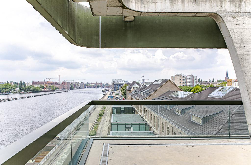 porsche officedropin 4951 A TOUR OF PORSCHE DIGITAL LAB IN BERLIN
