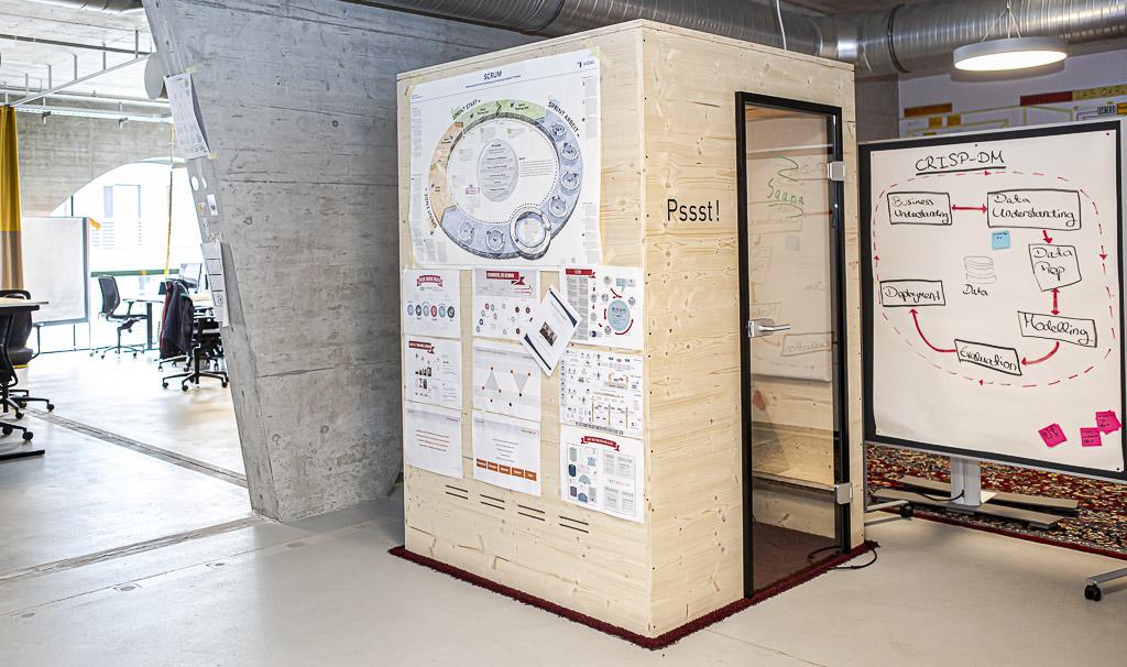 porsche officedropin 4988 A TOUR OF PORSCHE DIGITAL LAB IN BERLIN