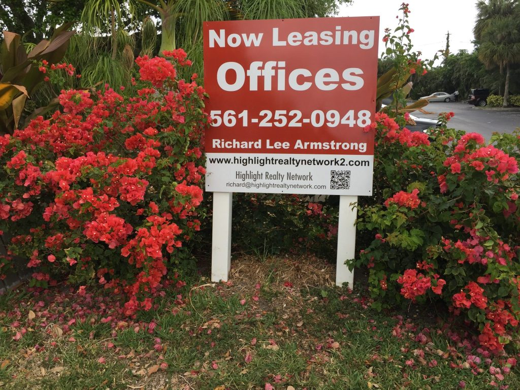 Rental Office in West Palm Beach Florida. This  Office Space has 2000sf