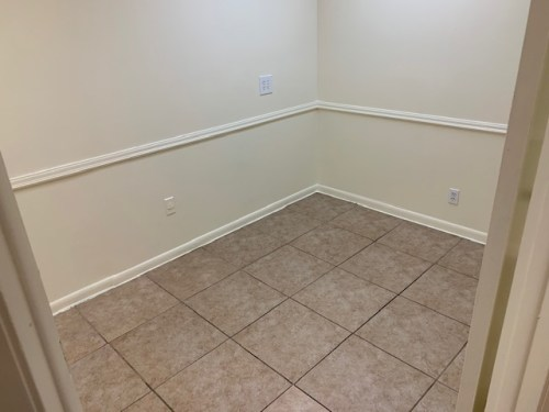 Office Space 250 SF