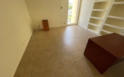 1328 SF Office Space in Palm Beach Lakes Blvd, West Palm Beach, FL