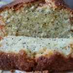 Lemon and poppyseed cake - Office Mum
