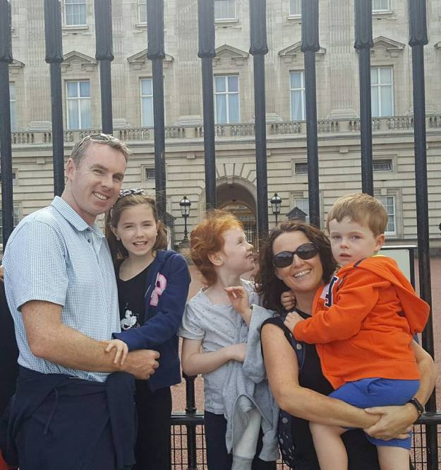 Buckingham Palace - Office Mum