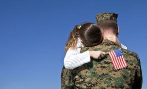 usmc-family-father-daughter