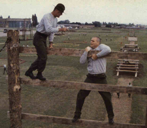 Pvt. Pyle, you climb obstacles like old people fu