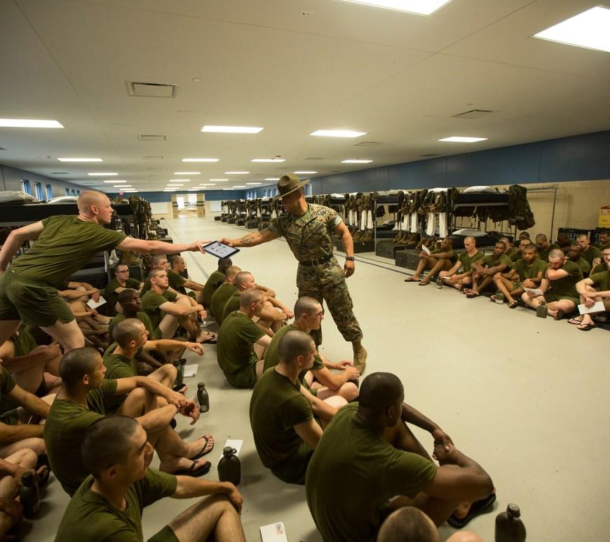 drill-instructor-ipad-quantico-parris-island-training